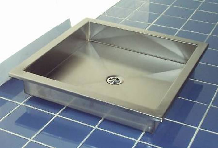 Free Standing And Floor Recessed Shower Tray